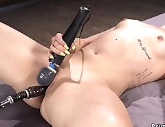 Blonde gets orgasm with vibrator and machine