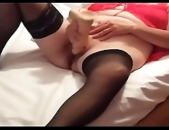 My wife Lina fed her hungry cunt big dildo