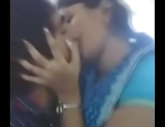 desi indian girlfriend kissing her boyfriend