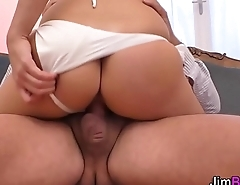 Heeled amateur slut tugs