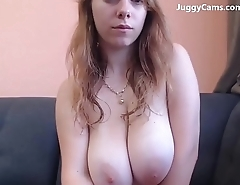 Huge natural tits live on webcam
