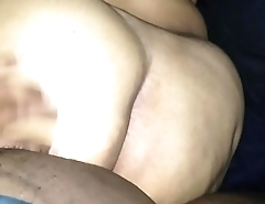 Amateur bbw ass takes the dick