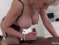 Adulterous uk mature lady sonia presents her monster boobs