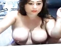 sexy beautiful model on cam with big tits