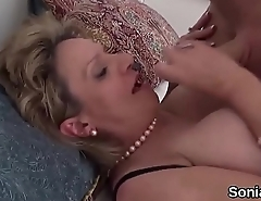 Unfaithful uk milf lady sonia pops out her big boobies